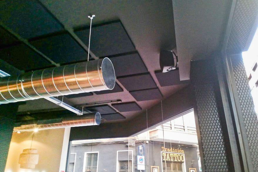absorcion-acustica-confort-acustico-isinac-goiko-grill-2