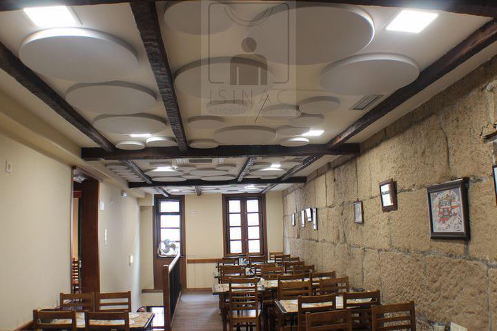 sinruidos-absorcionacustica-isinac-acousticpanels-confortacustico-coworking-absotec-restaurante-reverberacion-insonorizacion-4